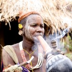 Surma woman smokes her pipe