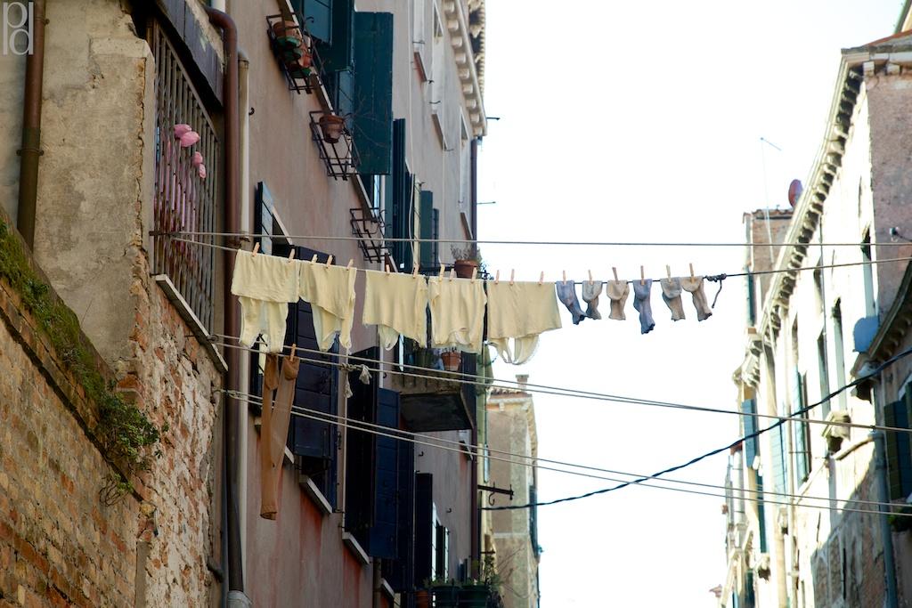 Porto Apartments Washing Line On Balcony